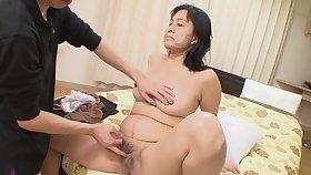 Natural boobs Japanese full-grown Mako Anzai enjoys giving a blowjob