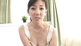 Amateur Japanese mature Suou Azusa grinds surpassing his unearth and gives a BJ